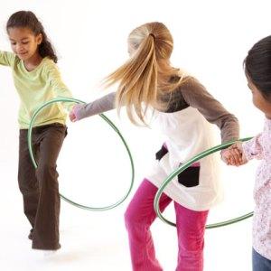 hula hoop game for kids cara zara. Black Bedroom Furniture Sets. Home Design Ideas